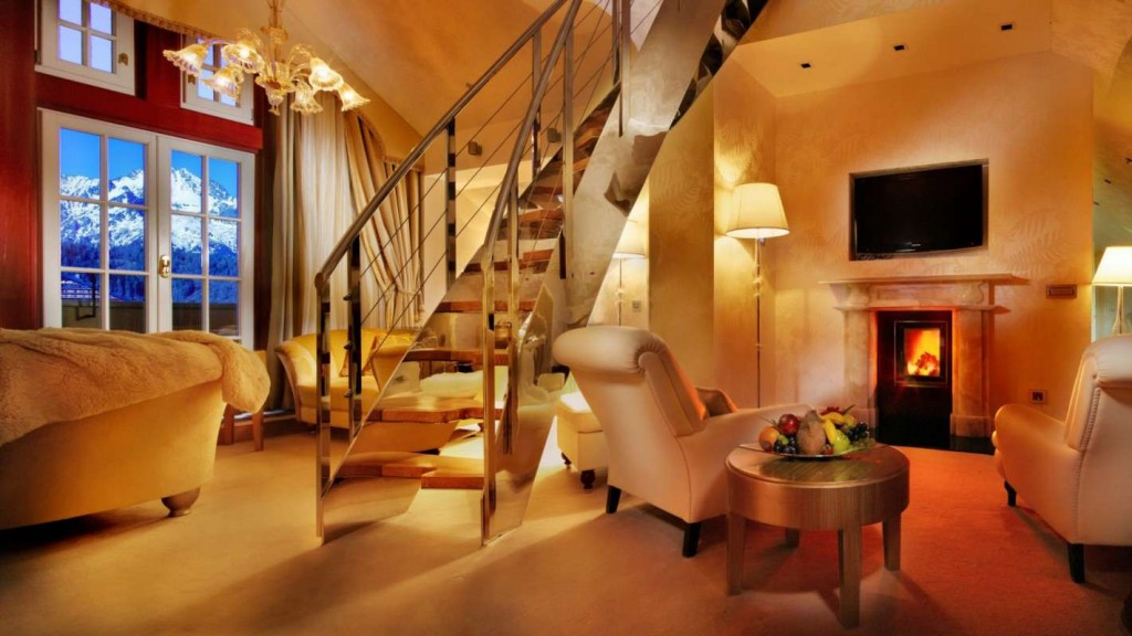 SetHeight800-Honeymoon-Suite